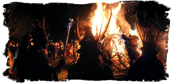 The Wassail Fire at Middle Farm Wassail Jan 14th ©vcsinden2012
