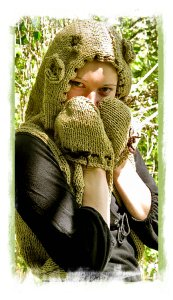 Hand knit for elven folk - 'Dragonfly Vest'© Agnese Vajevska at Ravelry