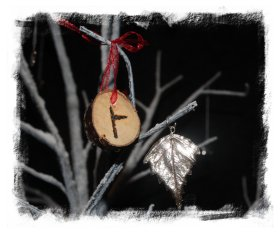 Ogham decorations_Beith - Birch ©vcsinden2012