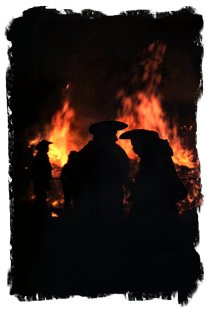 Robertsbridge Bonfire Society, Sussex - Whispers at the great fire ©vcsinden2013