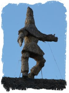 Whittlesey Straw Bear festival 2014 roof  thatching ©vcsinden2014