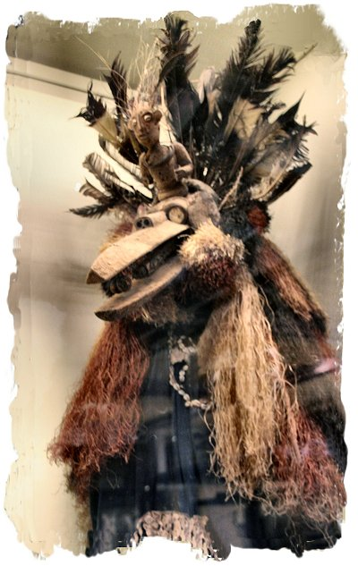 Nigerian witch hunter's costume 19th century. The Pitt Rivers Museum, Oxford.  ©vcsinden2017